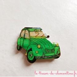 Offrez cette voiture 2 cv verte magnet de collection pour un cadeau original en bois, couleurs profondes aspect émail.
