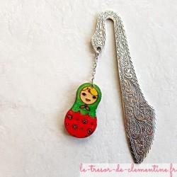 Marque page poupée russe rose et vert, artisanat d'art