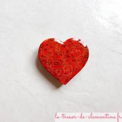 Offrez un magnet de collection en forme de coeur baroque tons nuancés rouge en bois, couleurs profondes aspect émail