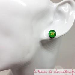 Bouton d'oreille, puce d'oreille ronde verte et dorée pailleté