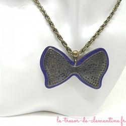 Collier fantaisie femme noeud papillon violet et bronze  très original avec sa chaîne à grosses mailles torsadées