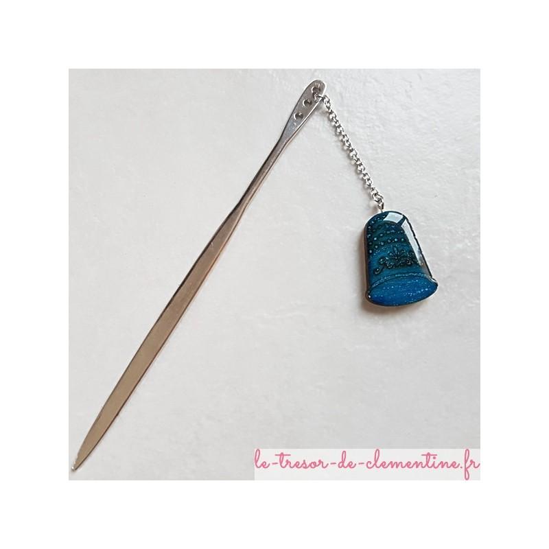 Ouvre-lettre Marque-page Coupe-papier dé à coudre turquoise, décor métal couleur argent