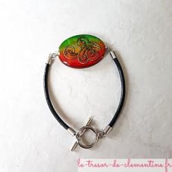 Ce bracelet fantaisie femme baroque dans les tons vert et orange à rouge Création Le Trésor de Clémentine Artisanat d'Art