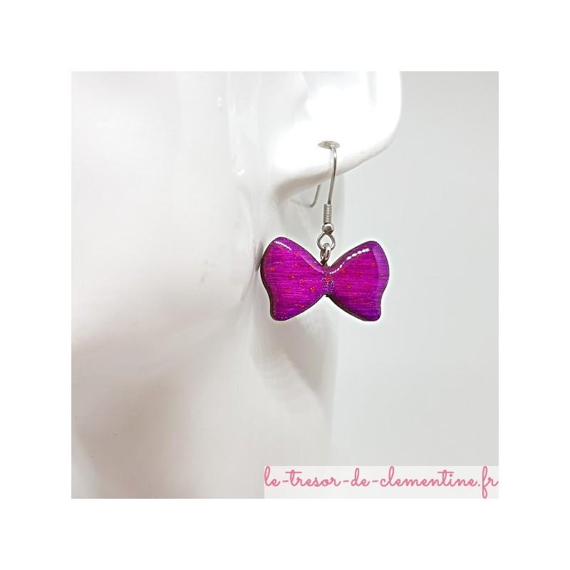 Boucle d'oreille bijou femme noeud papillon violet et léger pailleté