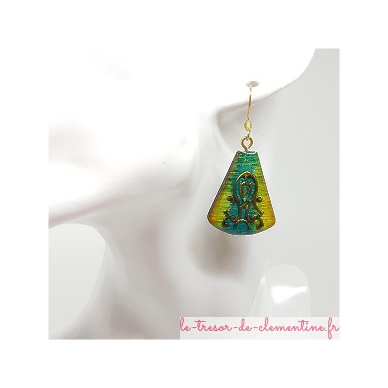 Boucle oreille fantaisie romantique vert à turquoise et bronze triangle tronqué fait main