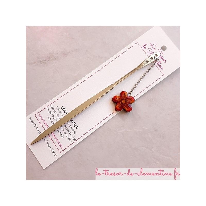 Ouvre-lettre Marque-page Coupe-papier décor fleur tons feu, décor métal couleur argent cadeau utile