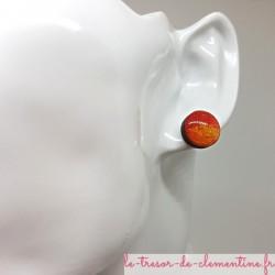 Bouton ou puce d'oreille orange à rouge doré pailleté ton feu 12 mm fait main très léger