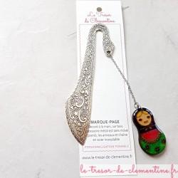 Marque page poupée russe violet, rose et vert, artisanat d'art fait main