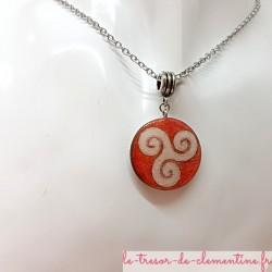 Collier pendentif femme triskel tons rose et argent avec chaîne inox