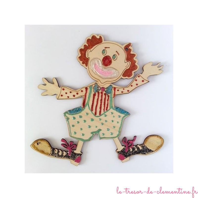 Clown en bois peint