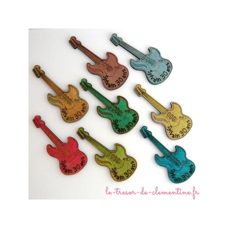 Guitare électrique, décor de table texte gravé et couleurs personnalisés