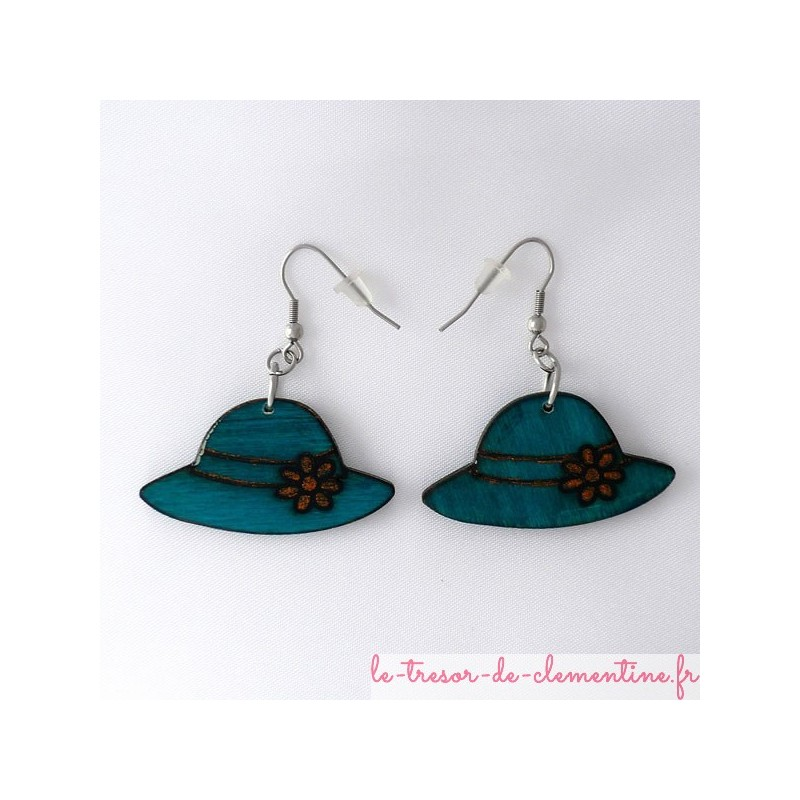 Boucles d'oreilles en bois forme chapeau couleur vert