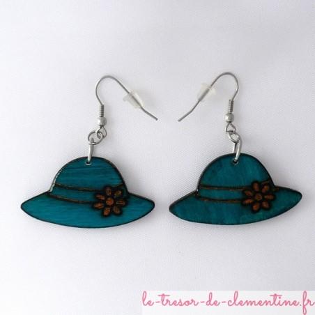 Boucles d'oreilles en bois forme chapeau couleur turquoise
