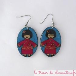 Poupée chinoise rouge et bleu - boucles d'oreilles