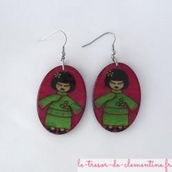 Poupée chinoise rose et vert - boucles d'oreilles