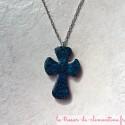 Croix baroque bleu, bijoux médiévaux, avec filigrane réalisé en émaillage à froid