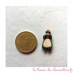 Bécassine miniature fabrication artisanale décorée à la main par Clémentine pour une vitrine, un décor, un bijou...