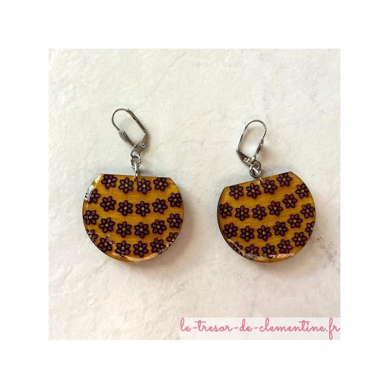 Boucle d'oreille artisanale panier de fleurs jaune, Bijou original de création artisanale.