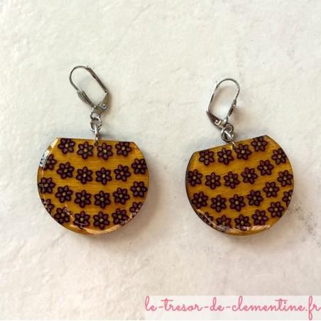 Boucle d'oreille artisanale panier de fleurs jaune