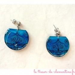Boucle d'oreille médiévale bleue