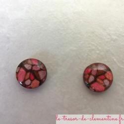Puce d'oreille vitrail rose oreille non percée style médiéval, réalisable aussi pour oreille percée