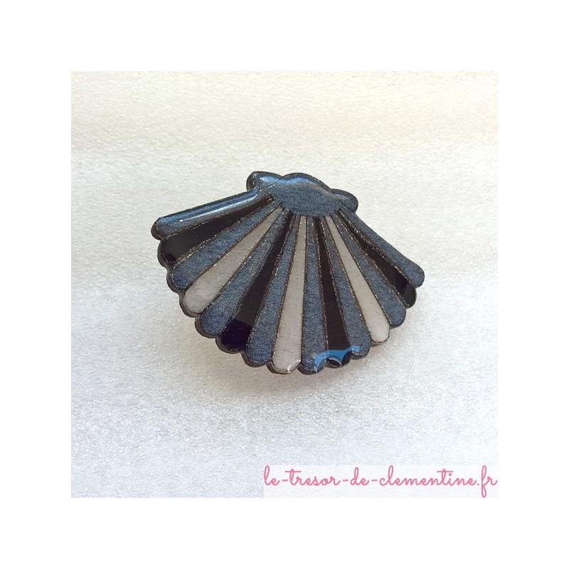 Broche originale coquille saint jacques argent et noir bijou de créateur