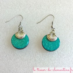 Boucle d'oreille fantaisie  coquille turquoise