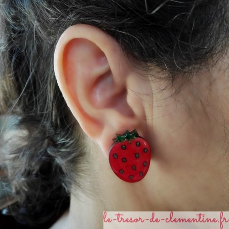 Boucle d'oreille fraise clip