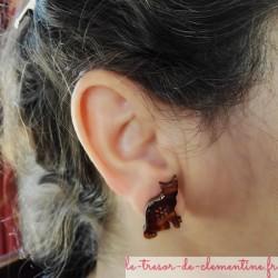 Boucle d'oreille fantaisie chat marron bouton oreille percée (clou) ou non percée (clip) bijou artisanal