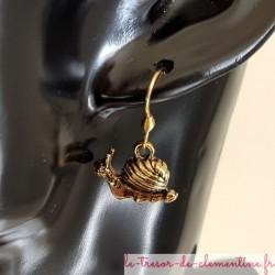 Boucle d'oreille fantaisie escargot doré
