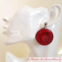 Boucle d'oreille artisanale rouge soleil et fleurs, bijou artisanal et unique