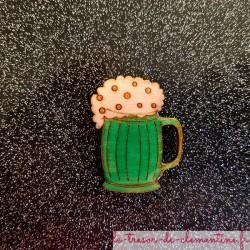 Broche originale chope de biere verte bijou original artisanale française