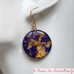 Boucle pendant d'oreille métallisé or et violet, bijou d'oreille modèle unique signé