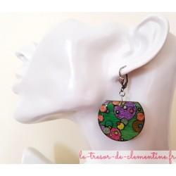 Boucles d'oreilles dormeuses argent bulles vertes signées, réalisées à la main