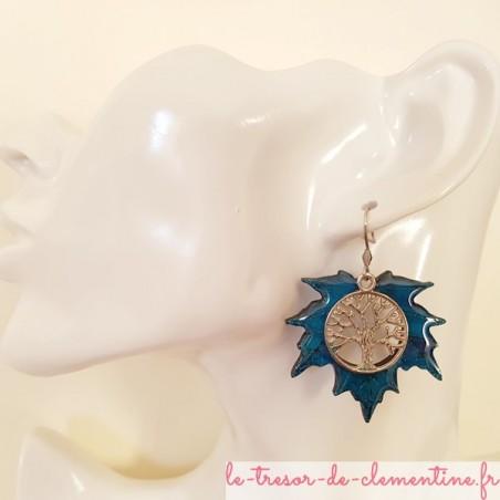 Boucles d'oreilles fantaisie arbre de vie feuille érable tons bleu