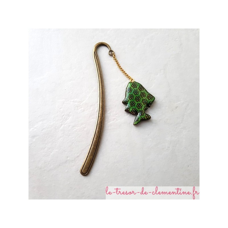 Marque-page poisson vert et fleurs, décoré à la main, bijou de livre original
