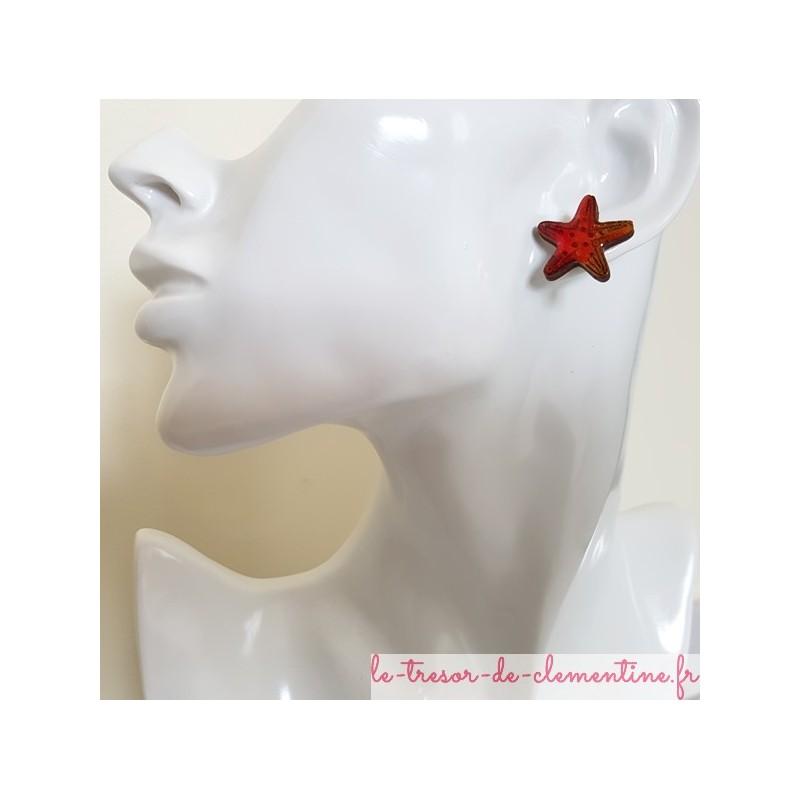 Puce d'oreille étoile de mer orange tons feux et scintillant, création artisanale française décor à la main
