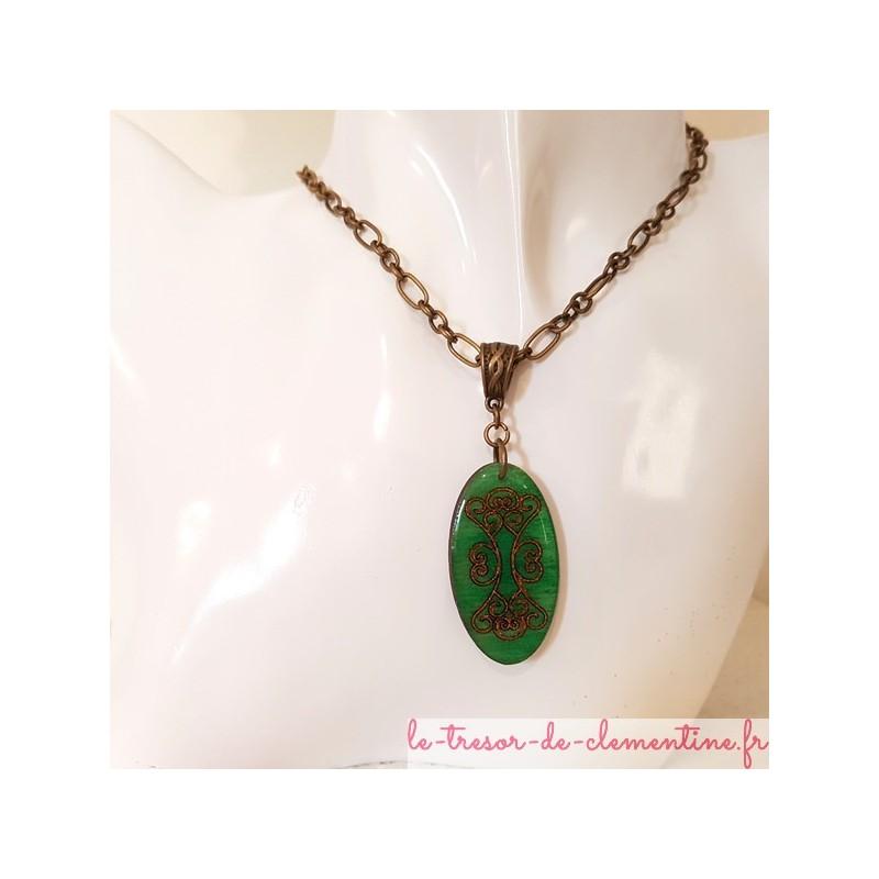Bijou femme pendentif vert et bronze, chaîne personnalisable, bijou femme signé