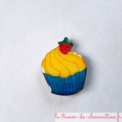 Magnet collection Cupcake bleu jaune  fraise, cadeau utile pour grands et petits gourmands ou pas, décor à la main