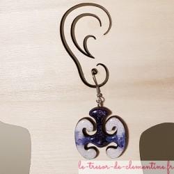 Boucle d'oreille fantaisie mystère celtique violet blanc artisanat d'art