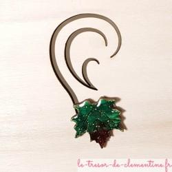 Puce d'oreille feuille d'erable vert brun décor original création artisanale