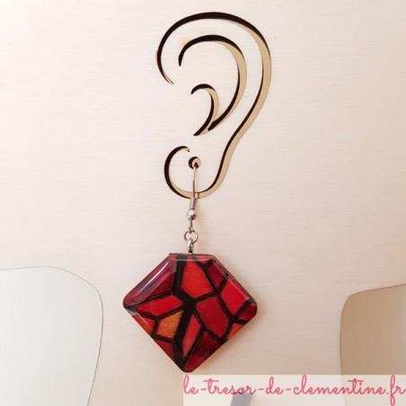 Boucle d'oreille bijou femme façon vitrail tons rouges
