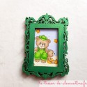 Cadre photo baroque vert métallisé déco amovible avec ours