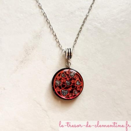 Collier pendentif artisanal coeur rouge et noir chaîne argent