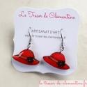 Boucle d'oreille artisanale petit chapeau rose, création artisanat d'art, signée monture acier chirurgical