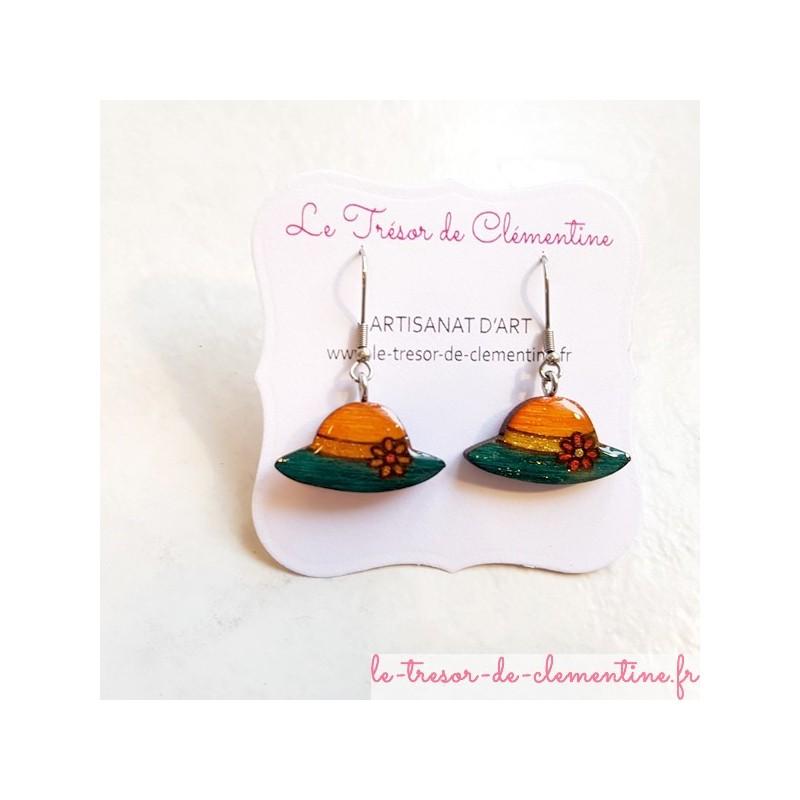 Boucle d'oreille artisanale petit orangé et vert, fabrication artisanale décoré à la main part Clémentine fabrication française
