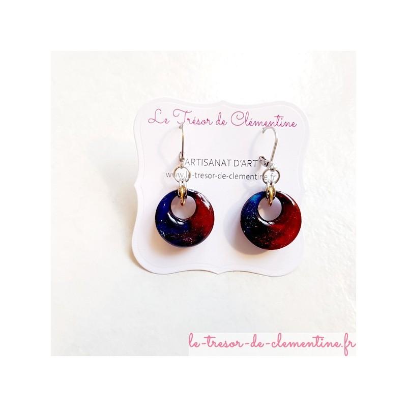 Boucle d'oreille artisanale chic ronde rouge à bleu nuit