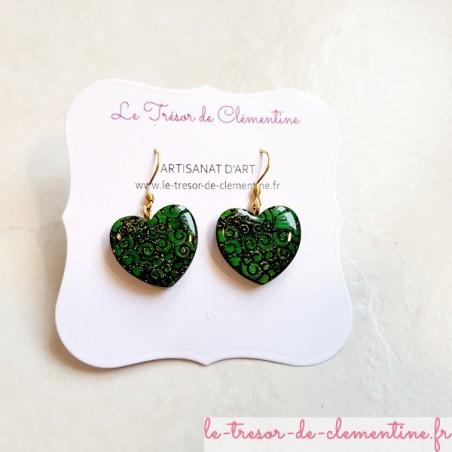 Boucle d'oreille fantaisie coeur baroque vert et or
