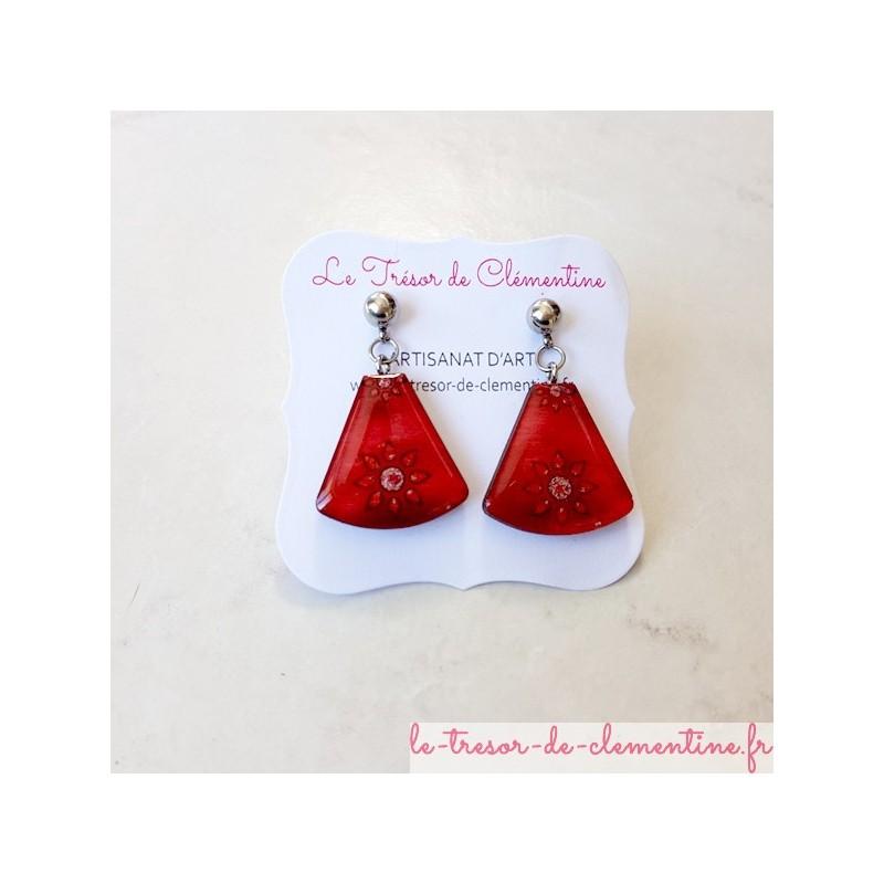 Boucle d'oreille décor soleil rouge  et pailleté triangle tronqué