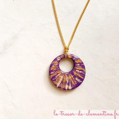 Collier artisanal violet et or chaîne dorée
